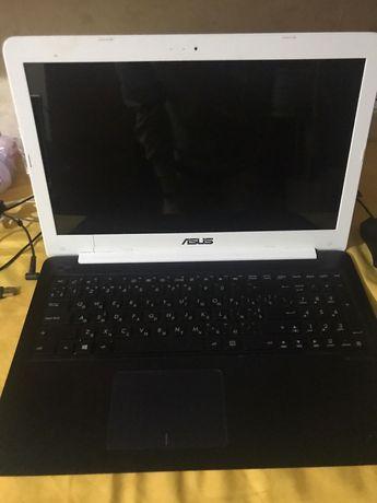 Ноутбук Asus e502n