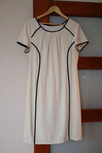 Elegancka kremowa sukienka damska