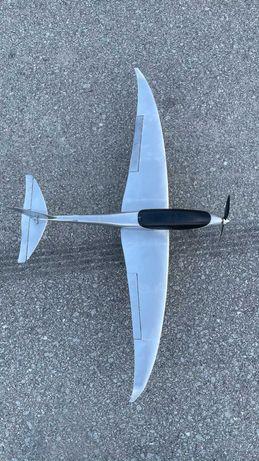 Aviao rc novo 1250mm envergadura