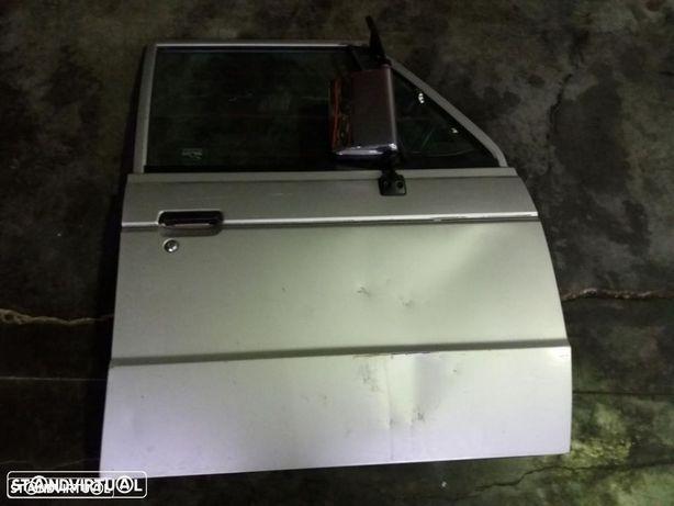 Porta frente direito Mitsubishi Pajero MK1 1992