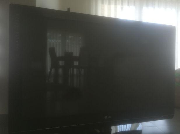 TV plasma LG 107cm P/ peças ( não arranca)