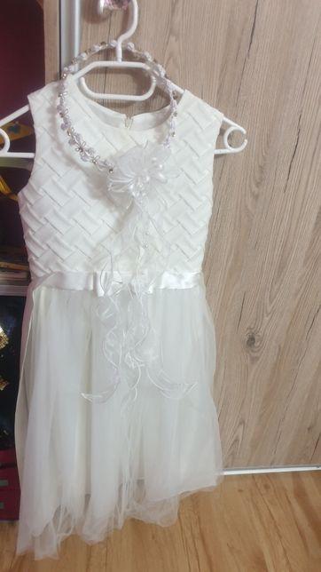 Wianek komunijny+sukienka