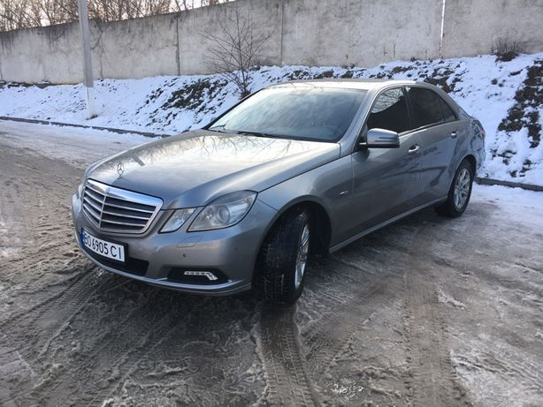 Mercedes e 220 w212