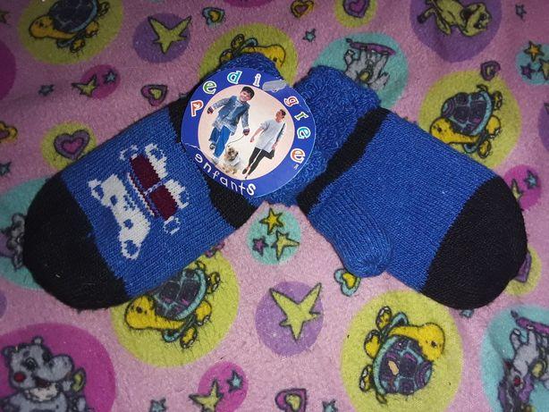 Детские варежки на мальчика.Теплые рукавички.Маленький размер.Перчатки