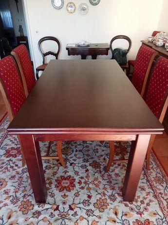 Mesa de sala madeira