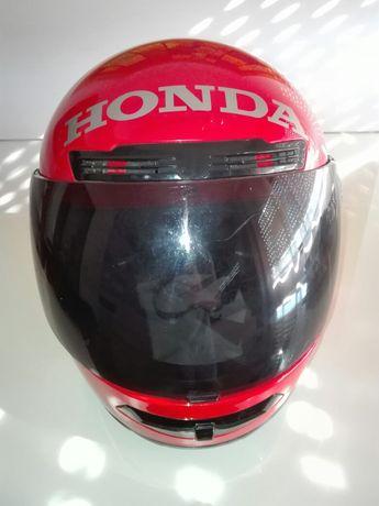 Vendo capacete tam M para desocupar