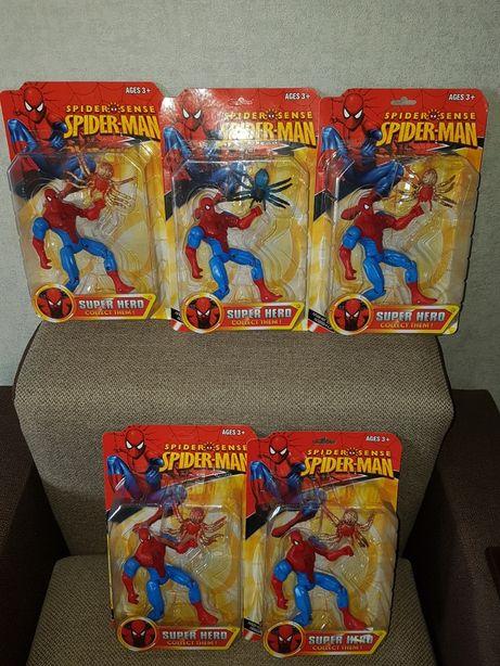 Фигурка Супергероя Спайдермен+паук,выс.18см,свет,подвижны части тела.