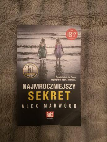"""Książka """"Najmroczniejszy sekret"""""""