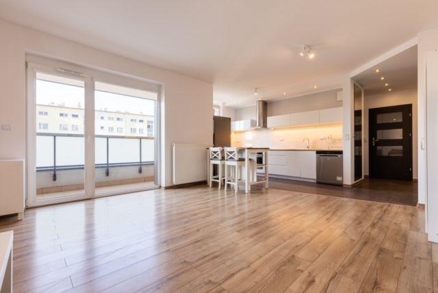 Wynajmę mieszkanie dwupokojowe z miejscem w garażu, Warszawa Bemowo