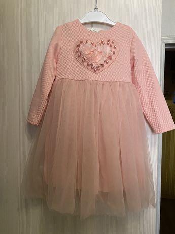 Нарядное платье р.98/104