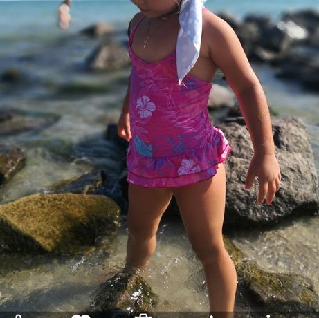Купальник для девочки розового цвета 4-5 лет 104-110