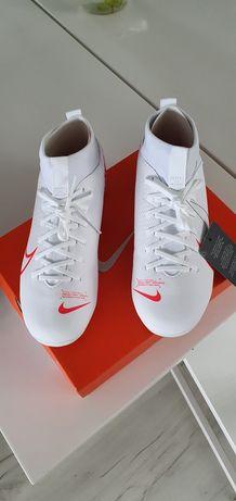 Nowe Buty piłkarskie Nike Superfly 7 rozmiar 35