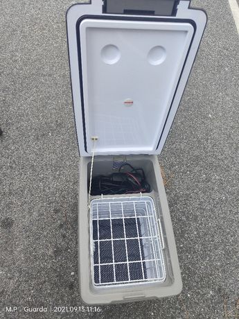 Frigorífico indelB   12/24 volts 35 litros