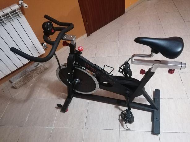 Passadeira e bicicleta estática