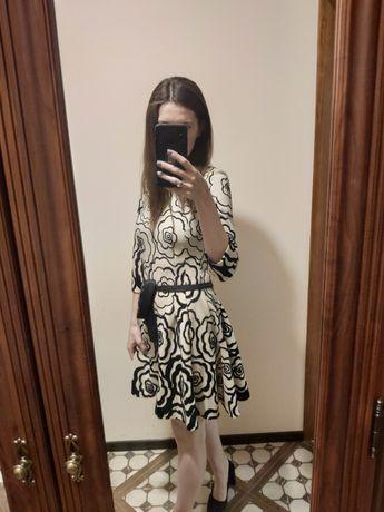 Платье бежевое, нарядное