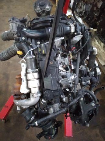 Двигун двигатель Ford Focus фокус Peugeot Partner партнер 1.6 евро5