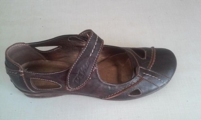 Туфли женские или подростковые