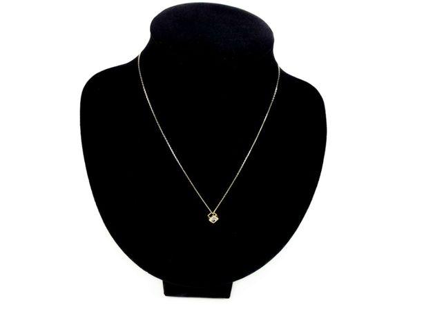 Złoty łańcuszek z zawieszką kostką P585 2,02G