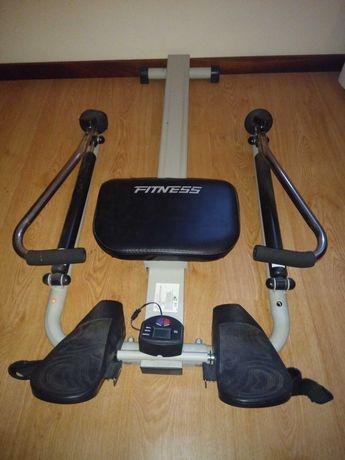 Máquina exercício remo