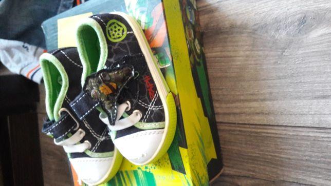 Взуття для хлопчика 20 -21р