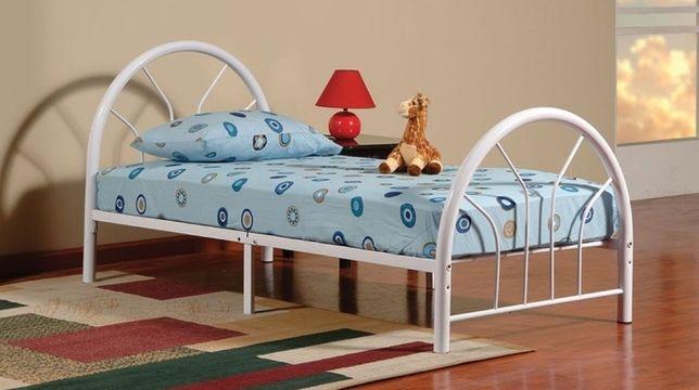 Продам односпальную металлическую кровать. Накидки . Покрывало. Плед.