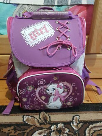 Рюкзак, портфель для дівчинки