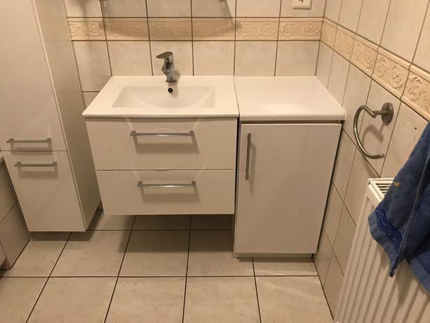 Zestaw mebli łazienkowych