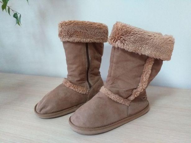 Kozaki dla dziewczynki emu eskimoski r 35