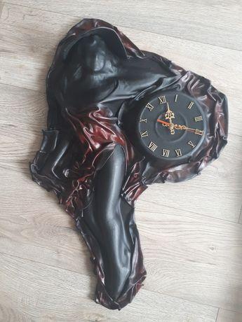 Zegar ścienny skórzany