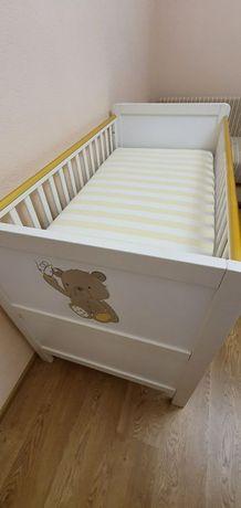 Кроватка  Chicco. 70*140 + матрац + 2 простыни на резинке