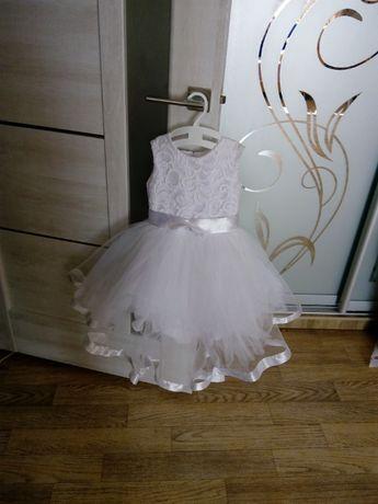 Святкова дитяча сукня,плаття