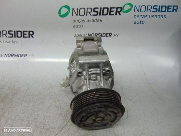 Compressor do ar condicionado Fiat Punto Van|03-06