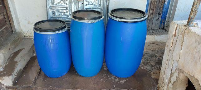 Bidons plásticos 30/60/ 100 / 130 / 170 / 220 Litros