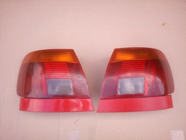 Lampa tylna lewa prawa Audi A4B5