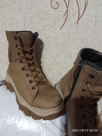 Ботинки сапоги зимние кожа шерсть 36-37 р.