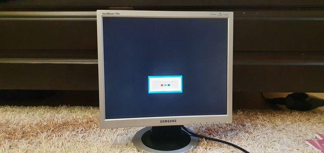 Монитор Samsung для ПК