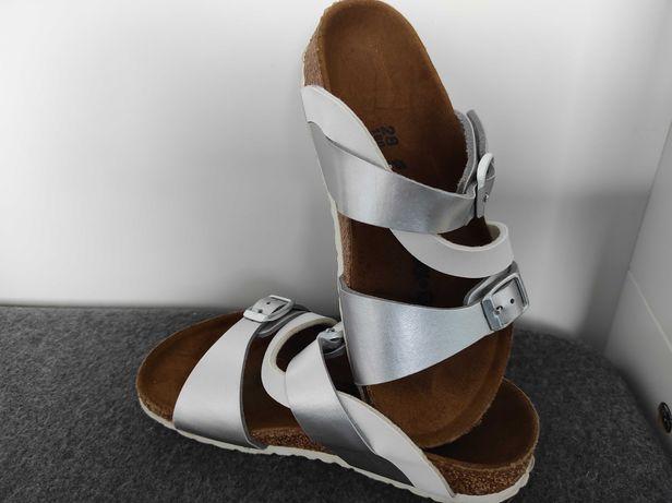 Sandałki/klapki rozm. 28