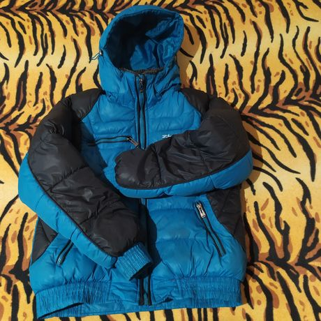 Куртка зимняя на подростка на рост до 155 см.