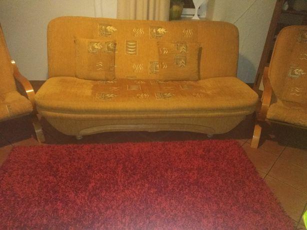 Sofa wraz z fotelami