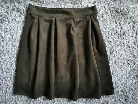 Rozkloszowana spodniczka khaki zamsz M/L