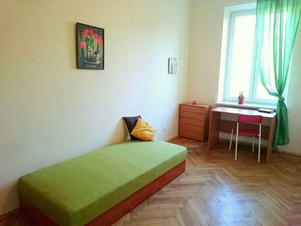 Duży pokój jednoosobowy przy ul.Sienkiewicza! Plac Inwalidów/OD ZARAZ