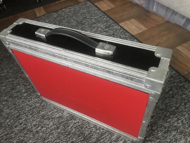Case rack 2U