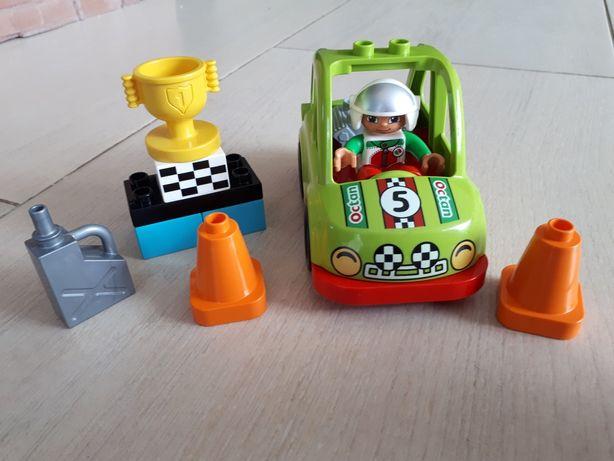 Lego Duplo- auto wyścigowe