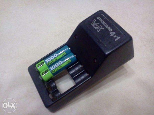 Зарядное устройство STANDART4Х1 с  2 аккумуляторами