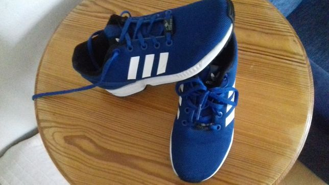 Sprzedam obuwie Adidas ZX FLUX