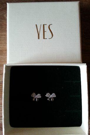 Kolczyki srebrne Yes