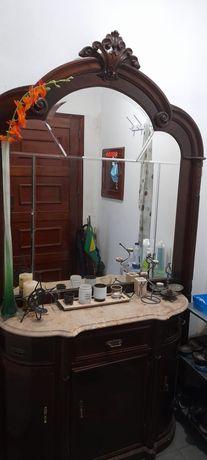 Móvel sapateira com pedra de marmore e espelho para a entrada