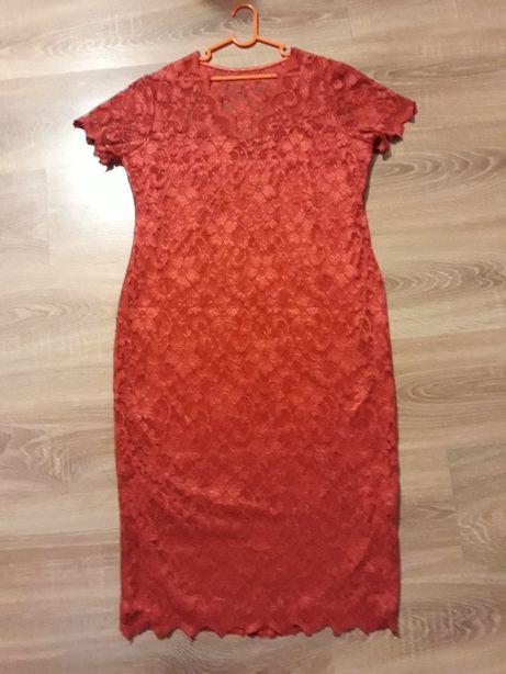 sukienka koronka czerwona