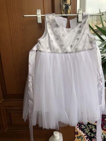 Плаття сніжинка
