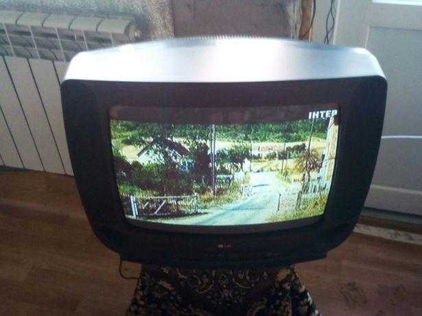Телевизор LG CF-20B80